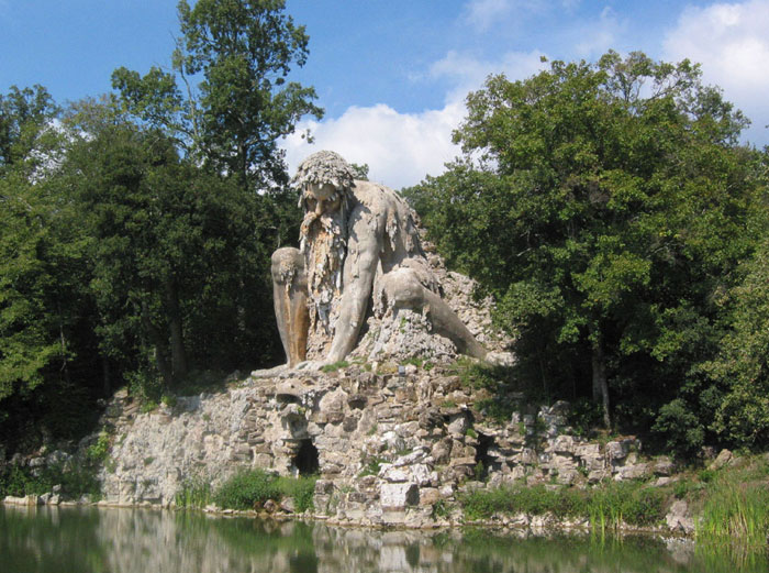 Giambologna, sculpture of Appennino, Il Colosso dell'Appennino,